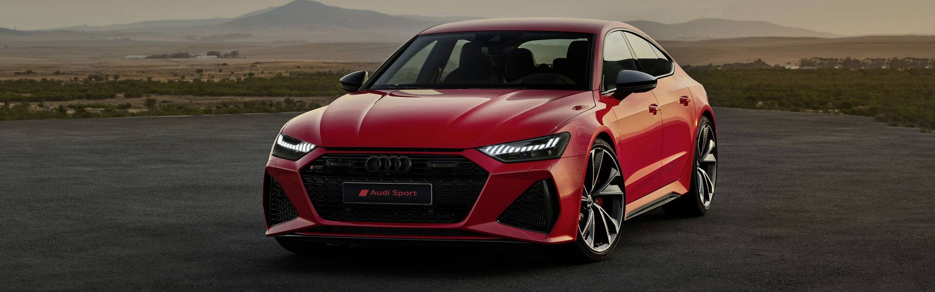 Audi RS 7 2020 in red